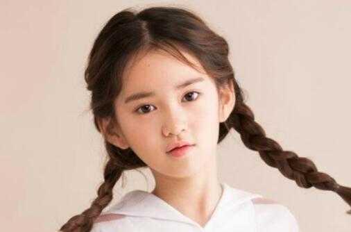金秀贞的妈妈 韩国童星郑元熙照片欣赏韩国最红的人气