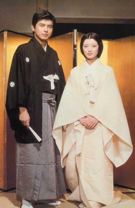 日本山口百惠近况 岁月夺取了她的容颜图片