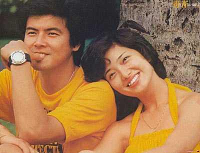 三浦友和山口百惠合影 山口百惠与三浦友和美丽依旧的爱情童话图片