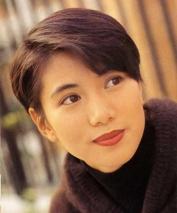 袁咏仪金枝玉叶照片 她年轻时真是太美了图片