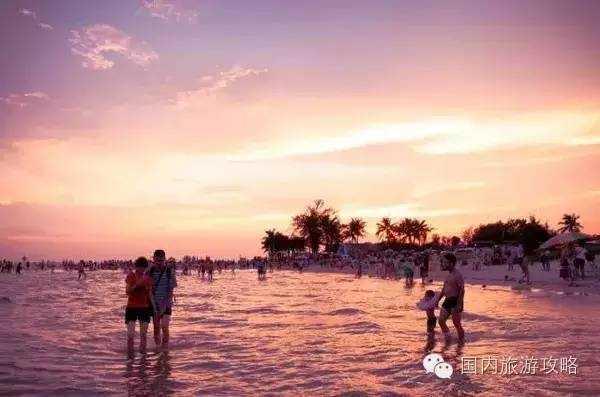 银 滩                地理位置:广西北海市南部海滨,距北海