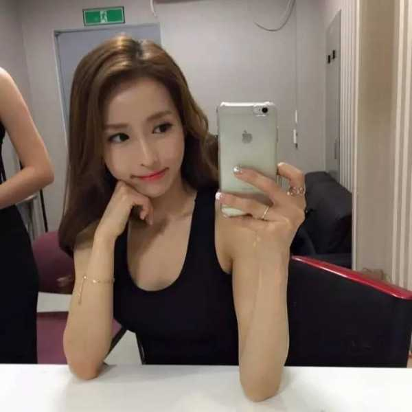 我要日美女影院_韩国美女健身教练 朴智恩
