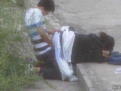 日本风流女老师图片 一丝不挂巨乳翘臀十分诱惑