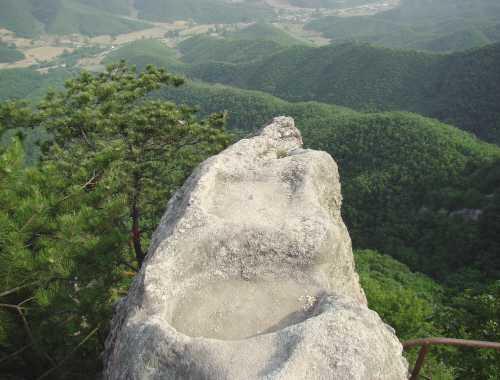 海城市白云山风景区 国家aaa级风景名胜区——白云山风景区