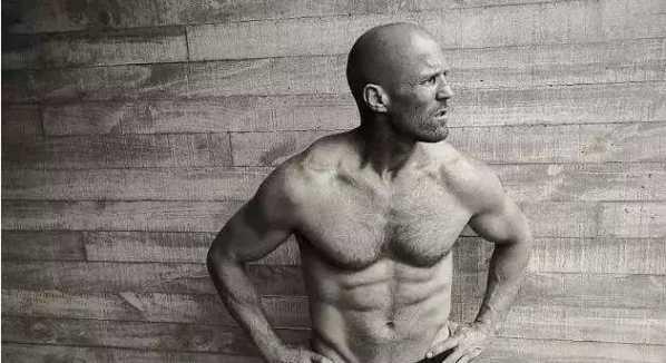 生活里的杰森斯坦森热爱生活 看他晒的照片张张都是充满着男人魅力 50