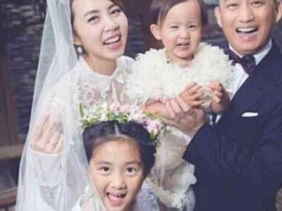 """黄磊与孙莉的恋爱史 他们相爱22年的爱情保鲜秘诀就俩字""""肉麻"""""""
