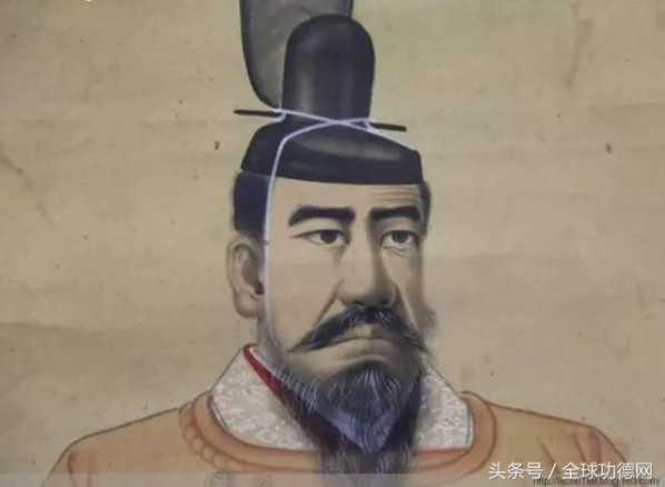中国史学界曾经比较盛行的观点认为,神武天皇就是当年秦始皇派遣出海图片