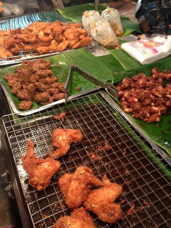 普吉岛海鲜市场攻略 普吉岛巴东海滩banzanna海鲜市场