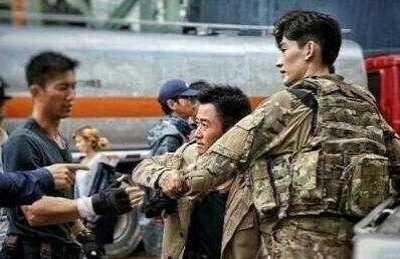 张翰被吴京换掉 吴京在《战狼2》换掉张翰