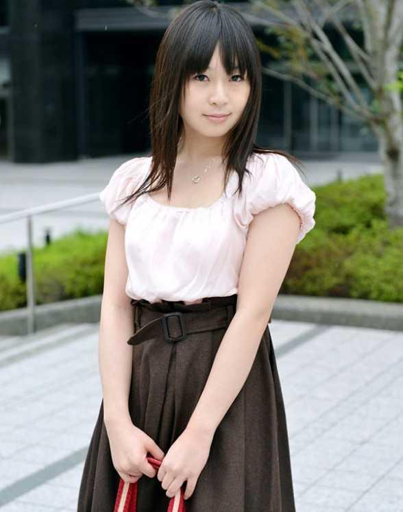 venu作品封面_明星八卦 日本   羽月希最新作品番号包含nade-800,wife-039,venu-149