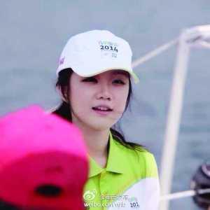 江苏南京19岁美女志愿者酷似汤唯 爆红网络